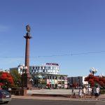 Триумфальная колонна на площади Победы в Калининграде