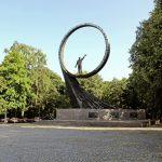 Монумент землякам-космонавтам